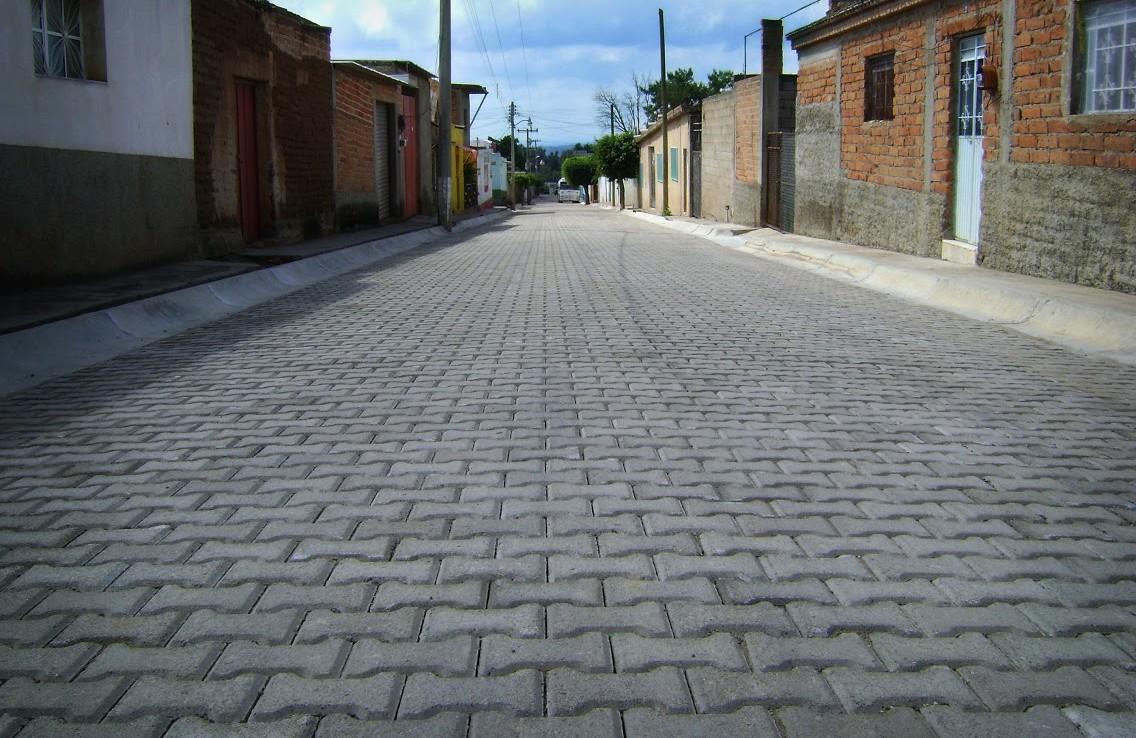 Calle adoquinada en Ixtlahuacán de Río
